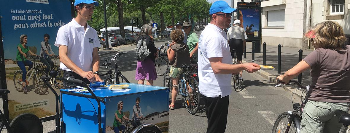 Conseil Départemental Loire Atlantique - Street marketing en Bike'Com et triporteur - NON STOP MEDIA Atlantique