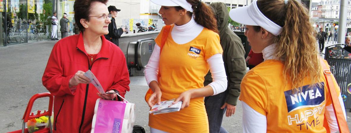 Distribution de leaflets - street marketing - NON STOP MEDIA Atlantique