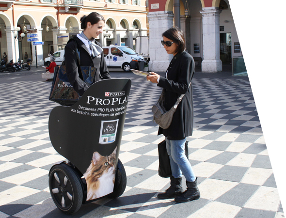 Proplan - véhicule publicitaire et affichage mobile - Gyropode Segway - Groupe NON STOP MEDIA
