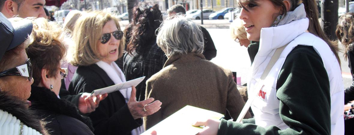 Le dialogue avec le public - Street marketing - Groupe NON STOP MEDIA