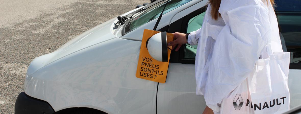 Dépôt de flyers cravate pour Renault avec le Groupe NON STOP MEDIA