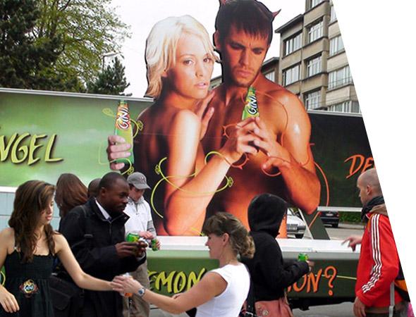 Le camion publicitaire panoramique par NON STOP MEDIA Ile de France