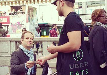Des polas Uber Eats en street