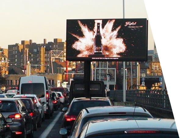 Camion publicitaire Euroled à écran geant digital - Affichage mobile - NON STOP MEDIA Rhône Alpes
