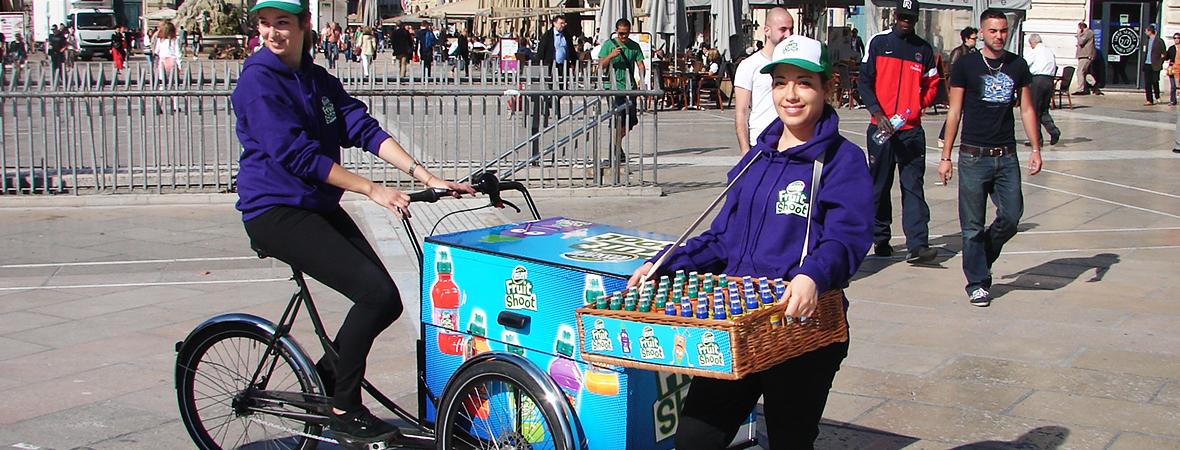 le vélo publicitaire triporteur - affichage mobile et street marketing - NON STOP MEDIA Rhône Alpes