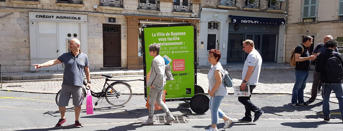 Affichage Bike'Com pour Pay by phone avec NON STOP MEDIA Aquitaine