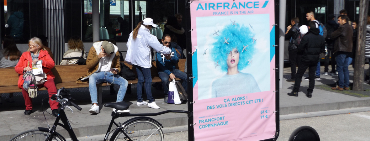 Affichage mobile et street marketing pour Air France avec NON STOP MEDIA Aquitaine