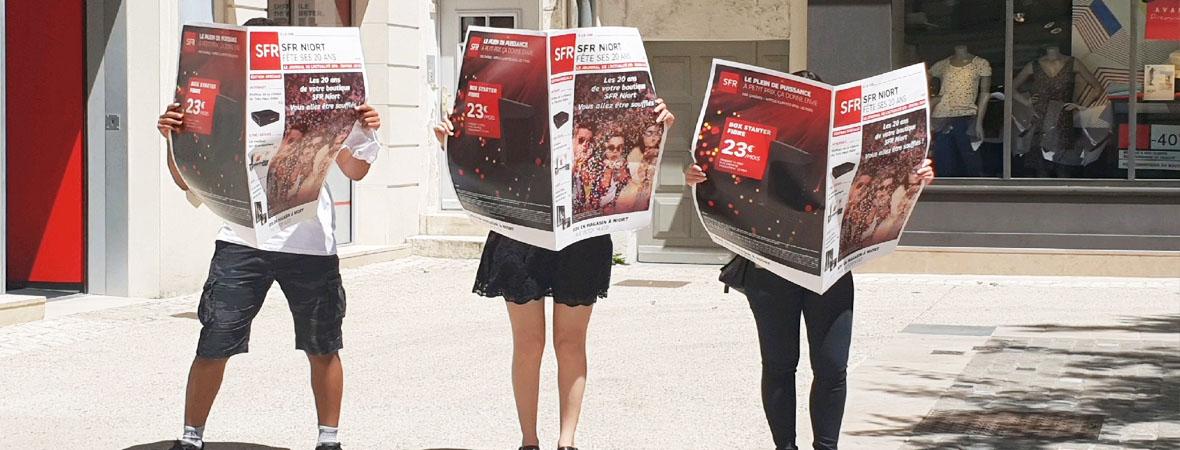 diffusion flyers street marketing et opération guerilla pour SFR avec NON STOP MEDIA Aquitaine