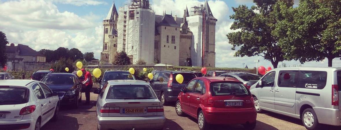 Des ballons imprimés au couleurs de Fontevraud - NON STOP MEDIA Atlantique