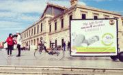 Visibilité du vélo publicitaire Bike'Com par Groupe NON STOP MEDIA pour les hôtels B&B