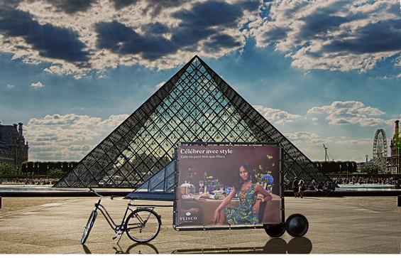 Bike'Com, une affiche mobile écologique qui passe partout