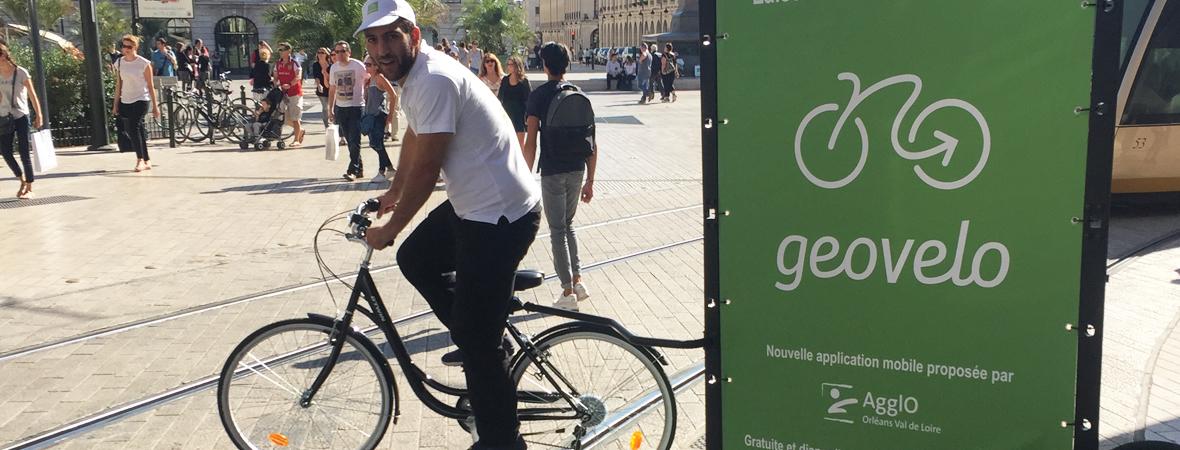 geovelo-affichage-mobile-street-marketing-non-stop-media-centre
