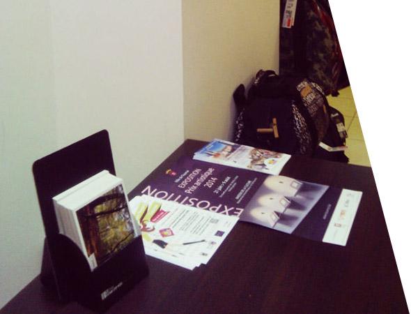 présentoir de bureau carton, totem carton plv - support tactique - NON STOP MEDIA Centre - Val de Loire