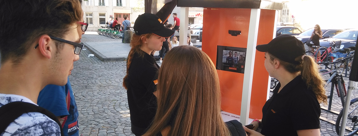 Orange - street marketing - animation - Groupe NON STOP MEDIA