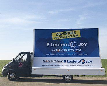 E-Leclerc communique en grand