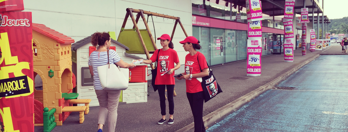 KFC - Street Marketing - Groupe NON STOP MEDIA