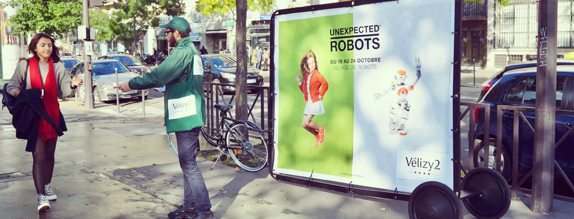 unexpected-robots-affichage-mobile-street-marketing-groupe-non-stop-media