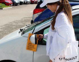 Dépôt de flyers cravate pour Renault