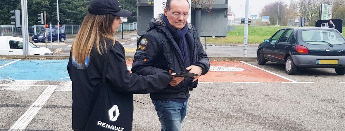 Distribution d'invitations pour Renault avec le Groupe NON STOP MEDIA