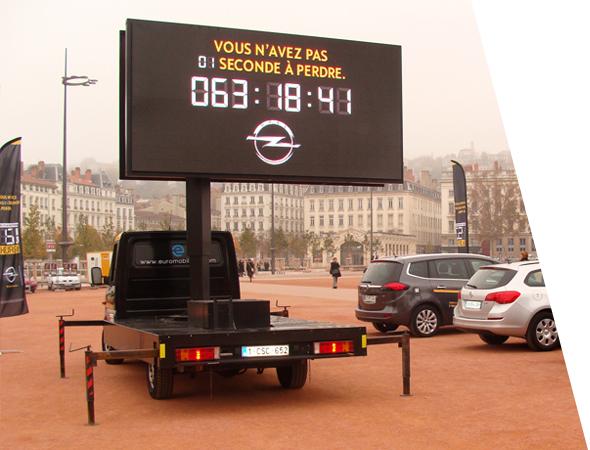 L'affichage mobile Euroled pour Opel - NON STOP MEDIA Île de France