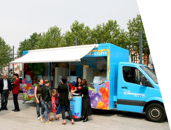 Le Showroom Mobile pour Disneyland Paris- NON STOP MEDIA Île de France