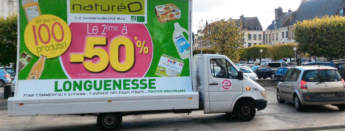 Natureo communique en affichage mobile avec camions publicitaires - NON STOP MEDIA Île de France