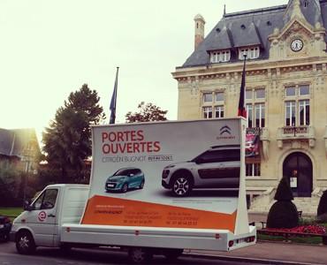 Citroën en camion pub