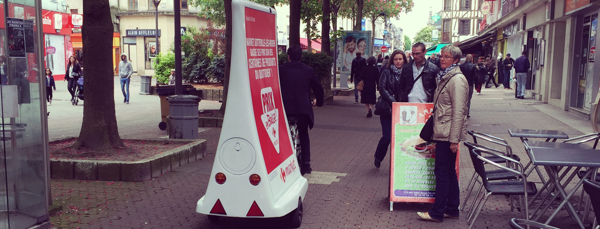Carrefour Market affiche ses promos en Bike'Com - NON STOP MEDIA Normandie