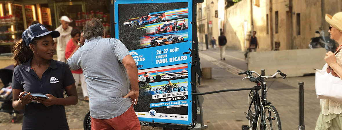Circuit Paul Ricard en street marketing et affichage mobile avec vélo Bike'Com - NON STOP MEDIA PACA