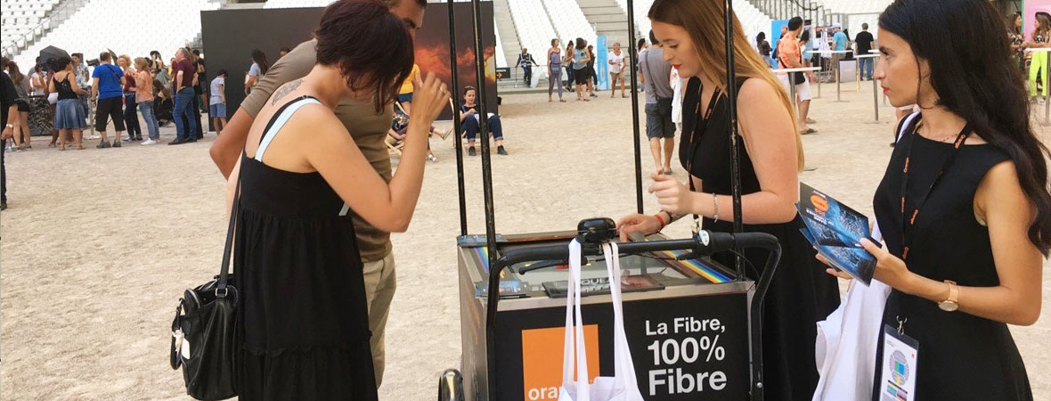 Triporteur digital pour Orange avec NON STOP MEDIA PACA
