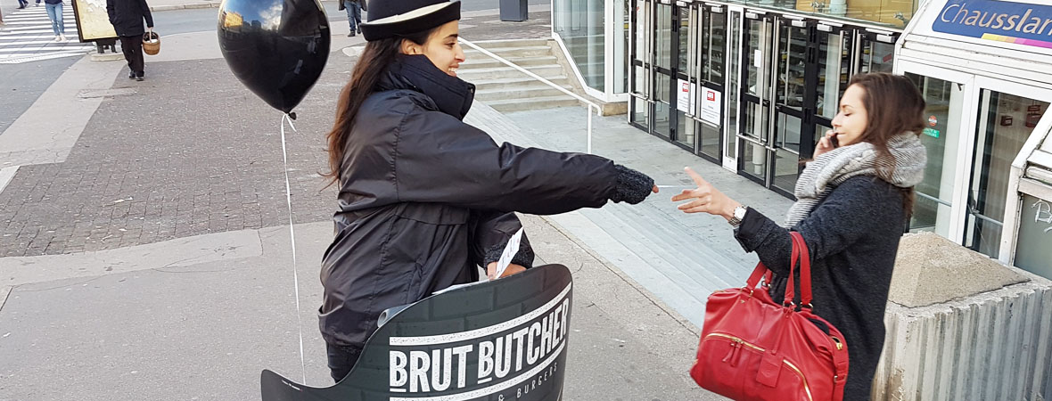 Diffusion street marketing en Segway pour Brut Butcher avec NON STOP MEDIA Rhone Alpes