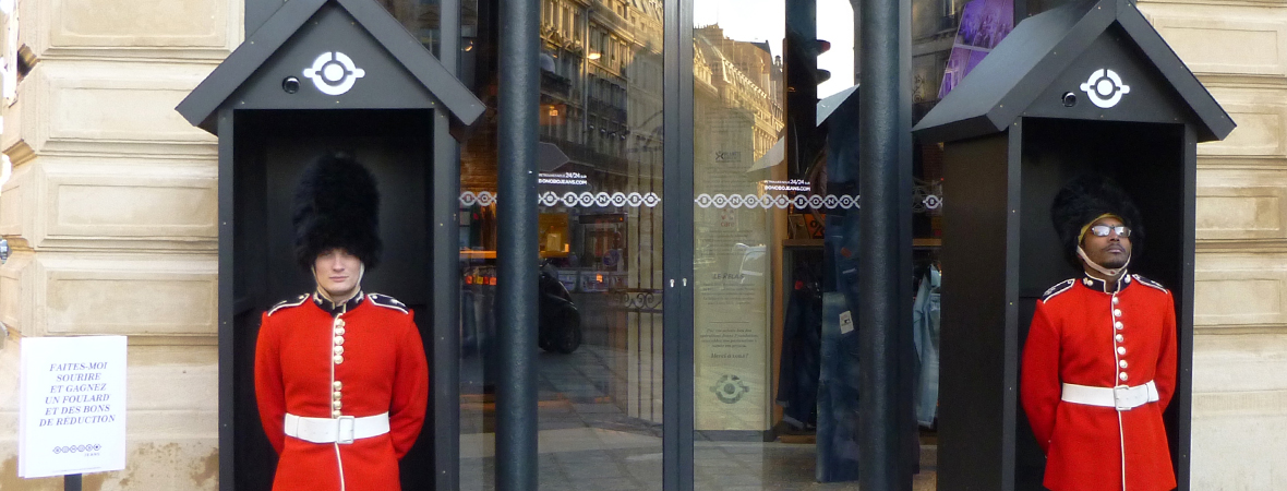 Théâtralisation d'un magasin Bonobo - Groupe NON STOP MEDIA